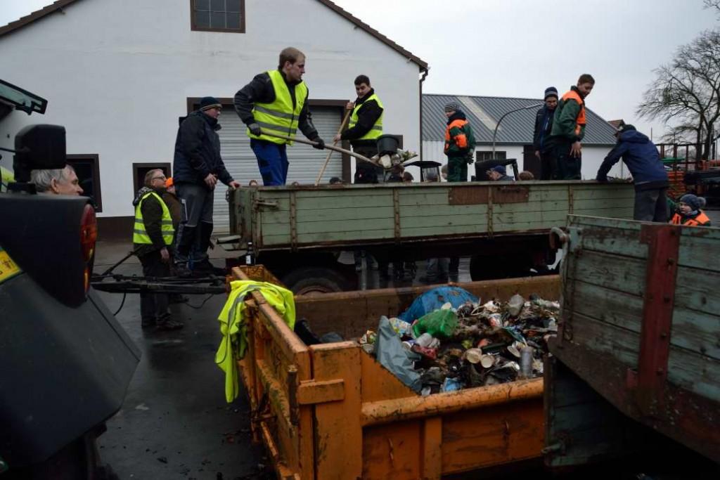 Müllsammelaktion2016_2